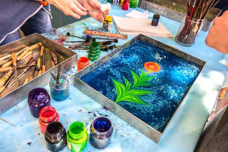 Ebru sanatı ile evinizi renklendirin! – Zingat Blog 🏠